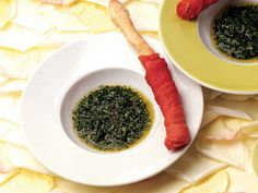 Nefis Bir Atıştırmalık Önerisi ''Carpaccio ile Sarılı Grisini ve Taze Baharat Sosu'' Tarifi...  #receipt #food #cooking #atıştırmalık #grisini #Baharat #Sos  #yemek tarifi #lacucinaitaliana #la cucina italiana #yemek tarifi #italyan yemegi #italyan mutfagı