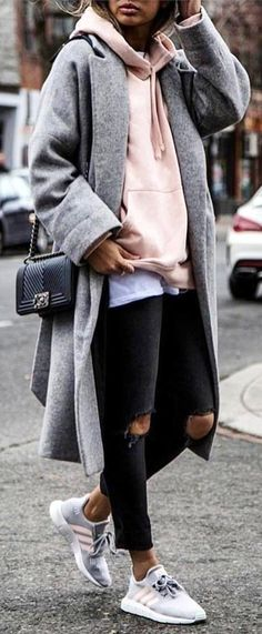woman wearing heather gray long cardigan. Pic by @world_fashion_styles