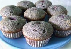 Meggyes-mákos muffin Dessert Cake Recipes, Cookie Recipes, Cake Cookies, Cupcakes, Cookie Cups, A 17, Health Eating, Winter Food, Nutella