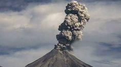 Gunung Merapi Muntahkan Lahar Ratusan Warga Meksiko Dievakuasi : Otoritas Meksiko mengevakuasi 400 warga sebagai langkah pencegahan setelah gunung berapi di negara tersebut memuntahkan lahar.