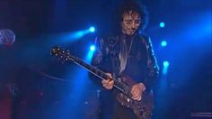Tagged: Black Sabbath | Tony Iommi Tearing Up This Heaven and Hell Solohttp://societyofrock.com/tony-iommi-tearing-up-this-heaven-and-hell-solo