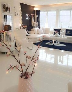 Perfect combination of black and white for living room