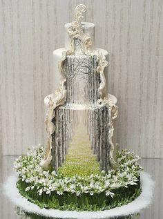 Premium Мастер-классы по украшению тортов Cake Decorating Tutorials (How To's) Tortas Paso a Paso Crazy Cakes, Fancy Cakes, Cute Cakes, Pretty Cakes, Unique Cakes, Creative Cakes, Elegant Cakes, Creative Decor, Amazing Wedding Cakes