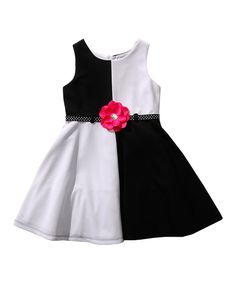 Another great find on Youngland White & Black Rosette Dress - Girls by Youngland Kids Outfits Girls, Toddler Girl Dresses, Little Girl Dresses, Girl Outfits, Girls Dresses, Baby Girl Patterns, Kids Dress Patterns, Fashion Kids, Costura Fashion
