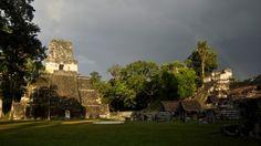Un equipo de investigadores asegura haber determinado cómo la civilización maya pudo sobrevivir durante varios siglos y construir una ciudad entera en un bosque tropical de la actual Guatemala. El secreto se encuentra en las prácticas eficientes del uso del suelo implementadas por los mayas, aseguran.