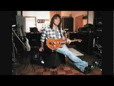 Eddie Van Halen jams at 5150 studios in 1984