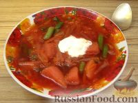 Фото к рецепту: Красный борщ с зеленой фасолью
