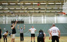 Basket under BIB Cup er fett! Basketball Court, Soccer, Bane, Futbol, European Football, European Soccer, Football, Soccer Ball