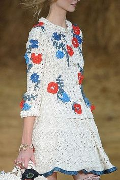 Celebrities who wear, use, or own Chanel Spring 2010 RTW Floral Detail Knit Dress. Also discover the movies, TV shows, and events associated with Chanel Spring 2010 RTW Floral Detail Knit Dress. Filet Crochet, Crochet Jacket, Crochet Cardigan, Knit Dress, Knitwear Fashion, Crochet Fashion, Dress Chanel, Crochet Girls, Special Dresses