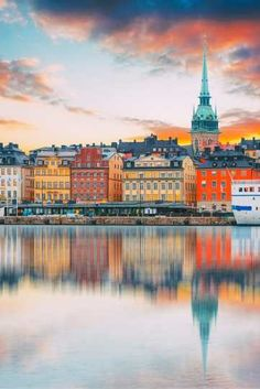 Visit the stunning city of Stockholm, made up of fourteen islands. We recommend a stay at the Mornington Hotel Stockholm Bromma. Sweden Cities, Voyage Suede, Sweden Christmas, Winter Christmas, Places To Travel, Places To Go, Vacation Places, Stockholm Travel, Stockholm Winter