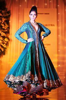 Z Fashion Trend: STUNNING LAYERED ANARKALI BY MANISH MALHOTRA