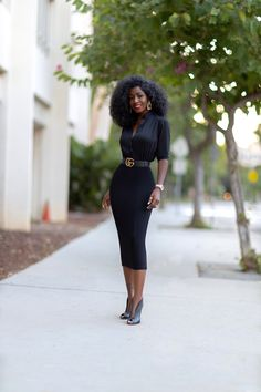 Button-Down Pencil Dress Pencil Dress Outfit, Black Dress Outfits, Boss Lady, Girl Boss, Cheap Black Dress, Black Dress Accessories, Black Girl Fashion, Work Fashion, Daily Fashion