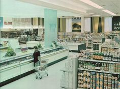 Dominion store at the Yorkdale Shopping Centre in Toronto. 1964 photo from Progressive Grocer. Aquafaba, Our Town, Retro Recipes, Shopping Center, Restaurant Recipes, Midcentury Modern, Grocery Store, Mall, Toronto