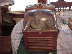 Vintage restaurant coin-op tabletop or countertop Jukebox by Ristaucrat. Guess this was for establishments where there was not enough floor space to accommodate a full-sized Jukebox. Very cute!