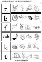 * De kinderen kleuren het plaatje dat dezelfde beginklank heeft als de letter in het eerste vakje aangeeft.