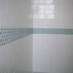 Bath white subway tile Design Ideas, Pictures, Remodel and Decor White Subway Tile Shower, Subway Tile Showers, Subway Tiles, Bathroom Floor Tiles, Bathroom Kids, Bathroom Renos, Kid Bathrooms, Bathroom Green, Bathroom Showers