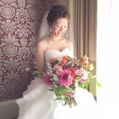 Wedding Bouquets, Wedding Dresses, Image, Fashion, Bride Dresses, Moda, Bridal Gowns, Wedding Brooch Bouquets, Fashion Styles