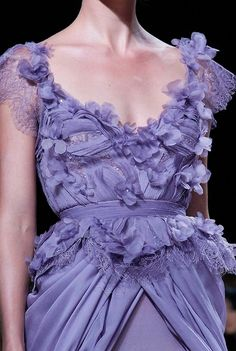 Elie Saab Couture Spring 2011 - perfection  Purple Dress #2dayslook #PurpleDress #kelly751   #anoukblokker  www.2dayslook.com
