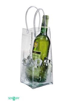 Promotional picnic items are great for getting your brand outdoors and having some fun. Picnic Items, Have Some Fun, White Wine, Summer Fun, Alcoholic Drinks, Glass, Bag, Food, Drinkware