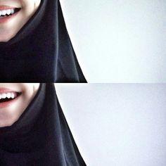 Girl Photo Poses, Girl Photography Poses, Girl Photos, Pakistani Fashion Casual, Arab Fashion, Mode Abaya, Mode Hijab, Beautiful Hijab Girl, Islamic Girl