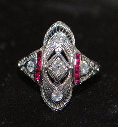 18K/Platinum Art Deco Diamond Ring