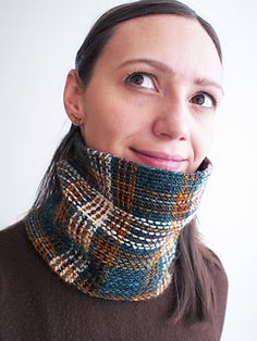 I've left many details here, but please visit my blog for a more fun way to read them. ;)  December 12, 2013: I stopped weaving at 50 rows, which is the number of stitches I would have cast-o...