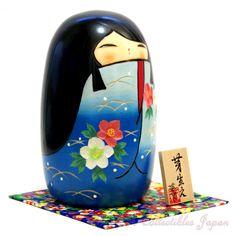 Creative Kokeshi Doll MEBAE (SPROUT), BLUE by Kaoru Nozawa   野沢 薫作 創作こけし「芽生え」です。この作品は青色のバージョンです。