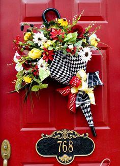 26 Ideas Cute Door Decorations Umbrella Wreath For 2019 Front Door Decor, Wreaths For Front Door, Door Wreaths, Umbrella Wreath, Umbrella Decorations, Wreath Crafts, Diy Wreath, Couronne Diy, Holiday Wreaths