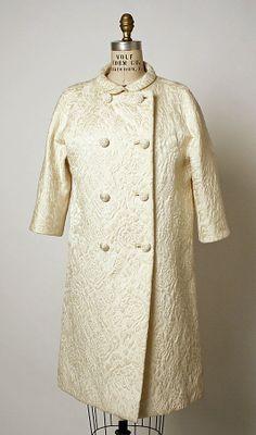 Evening coat fall/winter 1965-66 Cristobal Balenciaga