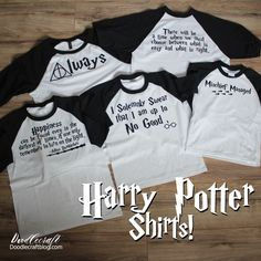 Potter Shirts with HTV and Freebies! Harry Potter Shirts with Heat Transfer Vinyl! These shirts are so much fun. I love the way Sugar Bee Crafts used baseball shirts, so I copied completely!Copy Copy may refer to: Funny Harry Potter Shirts, Harry Potter Classes, Funny Disney Shirts, Harry Potter Diy, Disney Shirts For Family, Harry Potter World, Family Shirts, Albus Dumbledore, Le Times