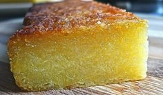 Check out How to Bake Tapioca Cake (Kuih Bingka Ubi) by Huang Kitchen on Snapguide. A Signature Malay Nyonya Kuih: Baked Tapioca Cake or Kuih Bingka This traditional Malay/… Thai Donuts Recipe, Donut Recipes, Cake Recipes, Dessert Recipes, Cooking Recipes, Copycat Recipes, Cassava Recipe, Cassava Cake, Filipino Desserts