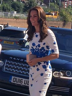 """Rebecca English on Twitter: """"The Duke and Duchess of Cambridge arrive @Youthscape - Kate in a LK Bennett dress"""