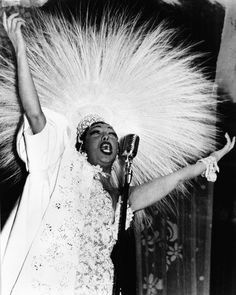 essays on josephine baker Free josephine baker papers, essays, and research papers.