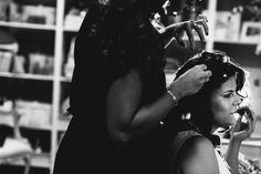 Mª ÁNGELES | Recogido de novia con velo y maquillaje de novia por Eva Pellejero | Fotografía Weddindocus