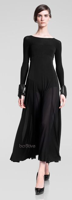 Donna Karan Pre-Fall 2013...really liking the flow of this dress, tho i would sew some kind of lining in it