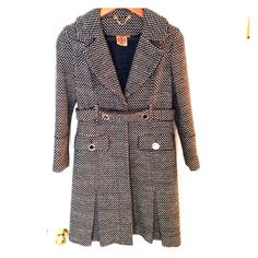 Tory burch cotton blend tweed coat Tweed cotton blend lines belted coat. Pleats on the bottom and a bit of gold weaved into the tweed. Dress up or down. Great for spring!! Tory Burch Jackets & Coats Trench Coats