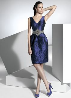 The FashionBrides is the largest online directory dedicated to bridal designers and wedding gowns. Elegant Party Dresses, Prom Party Dresses, Pretty Dresses, Homecoming Dresses, Beautiful Dresses, Bridesmaid Dresses, Formal Dresses, Bride Dresses, Quinceanera Dresses