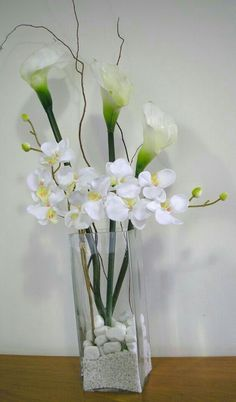 Resultado de imagen para ikebana how to Orchid Flower Arrangements, Modern Floral Arrangements, Artificial Floral Arrangements, Flower Centerpieces, Flower Vases, Artificial Flowers, Flower Decorations, Ikebana, Vases Decor