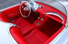 You will ❤ MACHINE Shop Café... (Red Corvette Roadster Interior)
