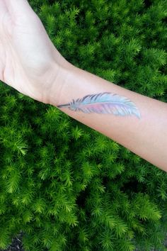 I would love to have this little Quill Pen / Feather Tattoo as a reminder to keep writing. And the colors are pretty cool
