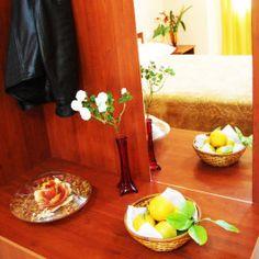 A-mirror-in-the-corner,-in-a-junior-suite-in-Union-Hotel,-in-Kamez,-Tirane,-Albania http://hotelunion.al/dhomat/