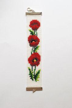 Items similar to Bead loom bracelet, Poppy bracelet, Toho bead bracelet, Flower bead bracelet on Etsy Loom Bracelet Patterns, Bead Loom Bracelets, Bead Loom Patterns, Woven Bracelets, Beaded Jewelry Patterns, Beading Patterns, Bead Loom Designs, Brick Stitch Earrings, Beaded Cross Stitch