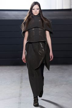 Rick Owens Fall 2015 Ready-to-Wear Collection Photos - Vogue