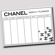 Chanel weekly planner printable in A4 size. Planning by decopared