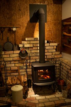 Corner Wood Stove, Wood Stove Hearth, Brick Hearth, Stove Fireplace, Propane Heating Stove, Wood Burning Furnace, Outdoor Wood Furnace, Wood Stove Cooking, Wall Mount Electric Fireplace
