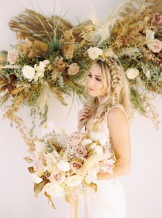 Ethereal Golden Hues Wedding Inspiration - Inspired By This Spring Wedding, Boho Wedding, Wedding Ceremony, Dream Wedding, Boho Inspiration, Wedding Inspiration, Wedding Ideas, Floral Bouquets, Wedding Bouquets