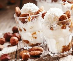 This almond ice cream recipe uses coconut cream instead of dairy and coconut sugar instead of processed sugar to be healthy as well as delicious. Almond Ice Cream, Yummy Ice Cream, Healthy Ice Cream, Ice Cream Recipes, Coconut Cream, Healthy Dessert Recipes, Delicious Desserts, Healthy Sweets, Almond Milk Benefits