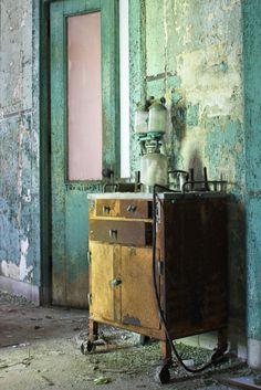 abandoned NY hospital