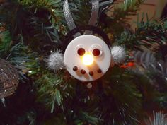 My elegant snowman. DIY Christmas tree ornament with tealight candle.