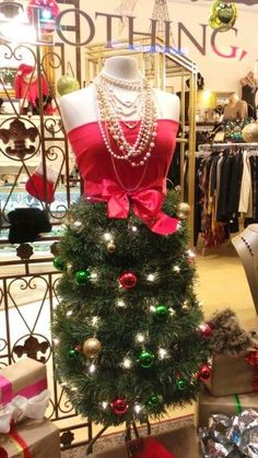 Love this different look of a mannequin Christmas tree skirt!